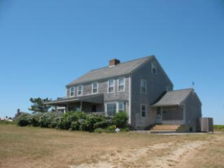 Amazing House with 4 BR & 3 BA in Nantucket (8712)