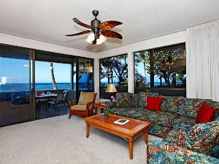 Unit 24 Ocean Front Prime Luxury 3 Bedroom Condo, Lahaina