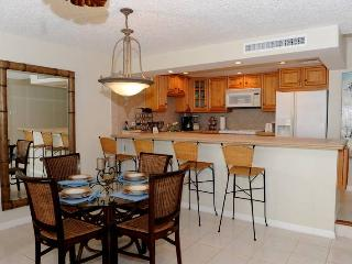 2BR condo with beautiful ocean views #11, Seven Mile Beach