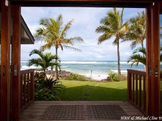 $950/night Fall Special !!! Absolute Luxury on Sublime North Shore Beach, Haleiwa