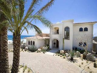 Villa Kash - 3BR/2BA, sleeps 6, beachfront - Cabo San Lucas vacation rentals