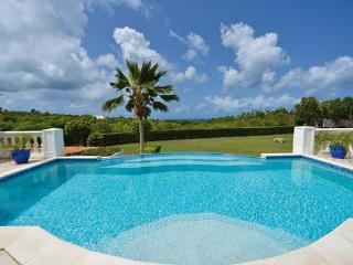 Very private villa with swimming pool and sunset ocean views. C BAS, Terres Basses