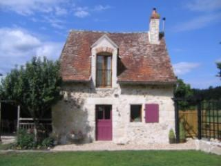 Perfect Loire Valley countryside cottage for two, Le Grand-Pressigny