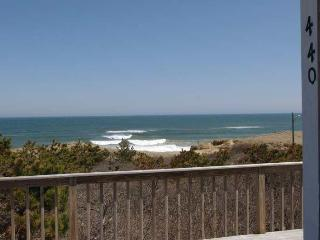 440NellieRd at Lecount Hollow Beach - Ocean Views, Wellfleet