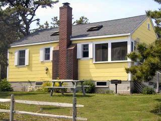 Cliffside Cottage at Surf Side, Wellfleet