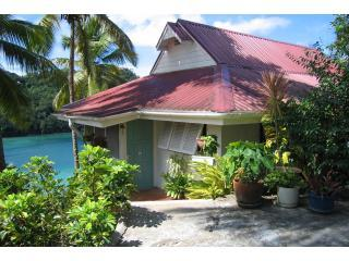 Poinsettia  House, Marigot Bay