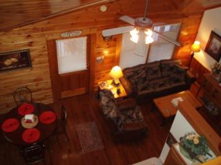 Got It All Yall Cabin, hot tub,Mtn Views,gas grill, Pigeon Forge