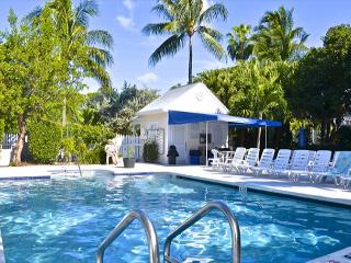 'SECRET GARDEN' - Weekly Or Monthly (Truman Annex) - A Step Above,Steps Away!, Key West