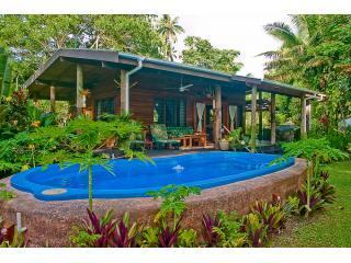 Absolute Beachfront Cottage w/ Large Private Pool, Savusavu