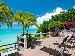 Grab a cold drink and relax on the large sun deck