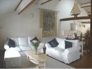 Second Floor Sitting Room - Les Terraces sur la Dordogne Second Floor - Sainte Foy-la-Grande - rentals