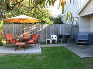 Great House with Hot Tub - East Cliff Drive - Capitola vacation rentals
