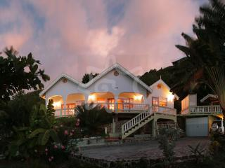 Lighthouse Villa - Bequia, Lower Bay