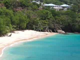 Sunset Studio - Bequia, Lower Bay