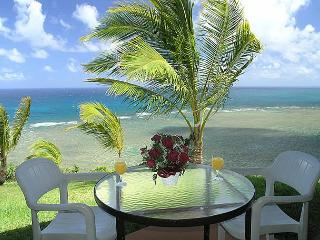 Sealodge J3: Oceanfront views from every window, ground floor 1br/1ba, Princeville