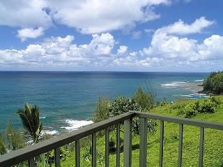 Alii Kai 3103: Oceanfront views, new furnishings, 2br/2ba with private lanai., Princeville