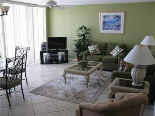 Gulf Front 2BR with leather furniture #314GV