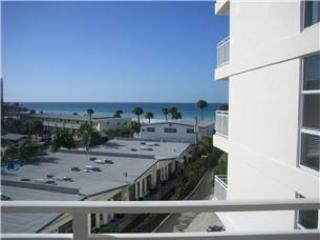 Lovely Gulf View 2BR with TV/DVD, Wi-Fi #407GV, Sarasota