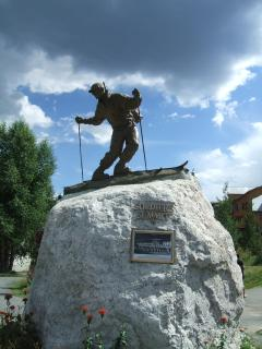 Statue honoring the 10th Mt. Division that opened this area up for skiing.