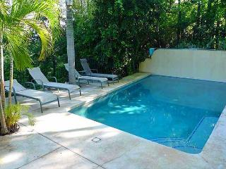 Lovely 1BR condo in a quiet tropical setting, Tamarindo