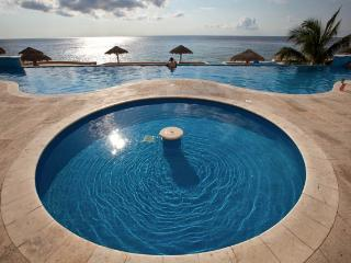 Casa Kim (A5) - Every Room With Ocean View, Heated Pool, Cozumel
