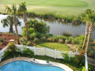 New Luxury Vacation Home - Private Pool, Golf Cart, Isle of Palms