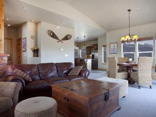 Luxury Townhouse-Stunning Lake and Mountain Views, Heber City