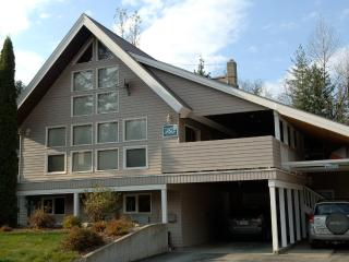 Powder Pillow Bed & Breakfast, Revelstoke