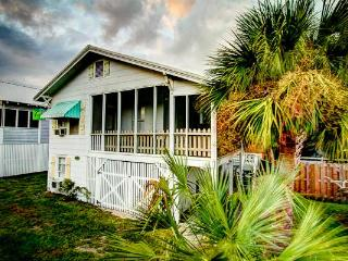 My Beach House, Beachside of street,10P,Pet OK, WF, Isla de Tybee