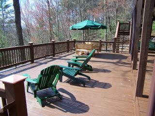 Enjoy Nature At Its Best From the HUGE Lower Deck!