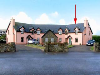 4 GOLFSIDE, family friendly, with a garden in Ballybunion, County Kerry, Ref 2990