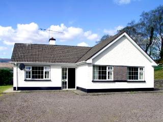 DROUMATOUK COTTAGE, pet friendly, country holiday cottage, with a garden in Kenmare, County Kerry, Ref 2091