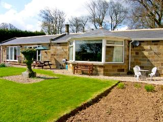 WEST WING, pet friendly, country holiday cottage, with a garden in Aislaby Near Whitby, Ref 2414