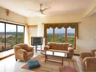 GOA 4 Bed/ 4 Bath Luxury Apt with Panoramic views, Dona Paula