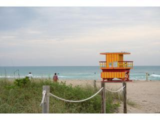 South Beach Vacation Rental, right on the beach, Miami Beach