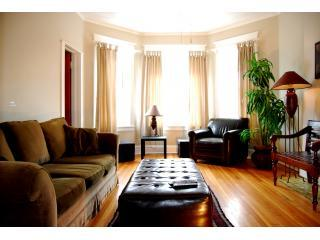 Living Room - Lincoln Park Oasis - Chicago - rentals