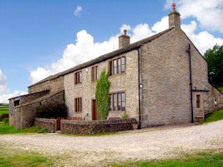 STREET HEAD FARM,  luxury holiday cottage, with a garden in Lothersdale Near Skipton, Ref 601