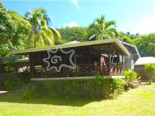 Stone House & Cottage - Bequia, Belmont
