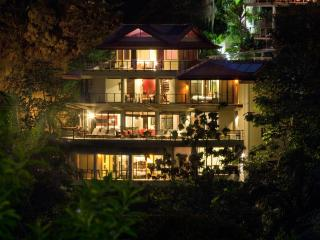 Spectacular Top Rated Luxury Villa, w/ Butler/Chef, Parc national Manuel Antonio