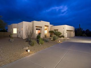 Troon Estate Home 3 bedroom- Private Pool, Scottsdale