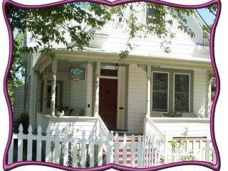 A Victorian Rose, luxury downtown rental, Grass Valley