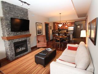 You'll Love this 2 Bedroom Upscale Canmore Condo