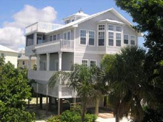 The Silver Seashell - 3BR/4BA - Sleeps 8 people - North Captiva Island vacation rentals