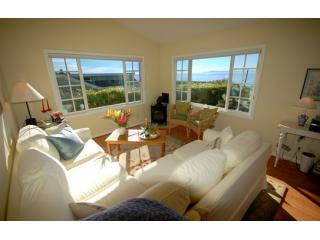 Paradise Cottage-Ocean Views-Delightful Gardens, Santa Barbara