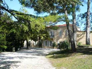 Manoir des Collines - Rognes vacation rentals