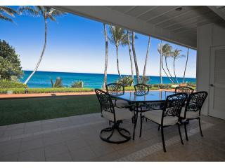 Hale Awapuhi - Oceanfront Two Bedroom Condo, Kapaa