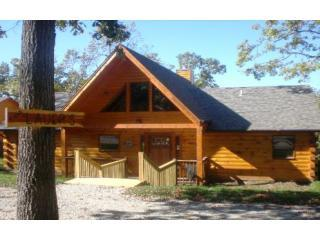 Cross Timbers Lodge near Branson