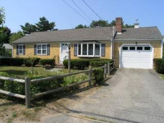 Nice House with 3 BR/2 BA in Dennis Port (Sea St 215)