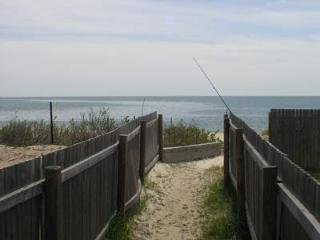 South Shore Dr 241, South Yarmouth