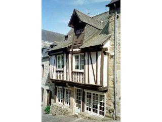 A charming 15th century house in medieval Dinan